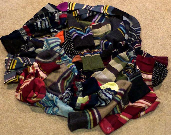 jasa pembuatan kaos kaki distro
